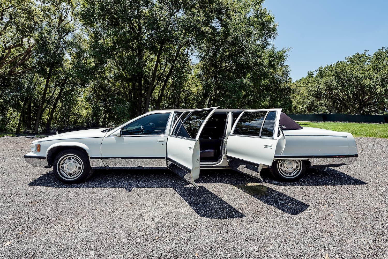 Cadillac Limousine Lakeland